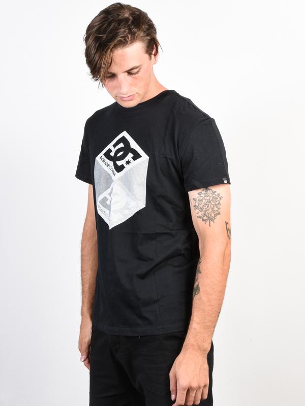 a5e31d576f22 Dc VOLUME black pánské tričko s krátkým rukávem   Swis-Shop.cz